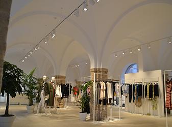 Impianto elettrico e illuminazione presso Boutique Novecento